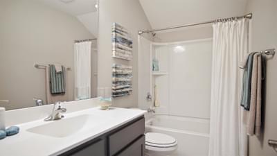 Chesapeake Homes -  The Seashore Multi-Gen Uphall Bath