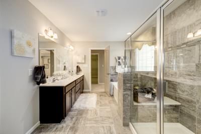 Chesapeake Homes -  The Everest Owner's Bath