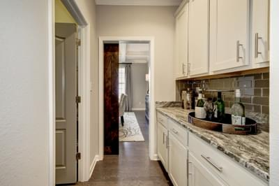 Chesapeake Homes -  The Everest Butler's Pantry