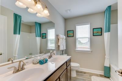Chesapeake Homes -  140 Preserve Way, Suffolk, VA 23434 Upstairs Bathroom