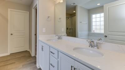 Chesapeake Homes -  The Grace Owner's Bath