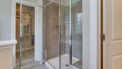 Chesapeake Homes -  Highgate Owner's Bath
