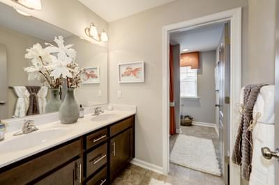 Chesapeake Homes -  The Arietta Upstairs Hall Bath