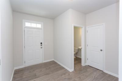 Chesapeake Homes -  The Maple Foyer