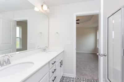 Chesapeake Homes -  The Sycamore Owner's Bath