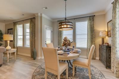 Chesapeake Homes -  The Sierra Breakfast Area