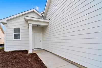 Chesapeake Homes -  The Mai Tai Garage Entrance