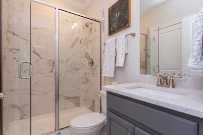 Chesapeake Homes -  Shadow Creek Downstairs Full Bathroom