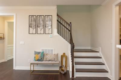 Chesapeake Homes -  Shadow Creek Stairwell