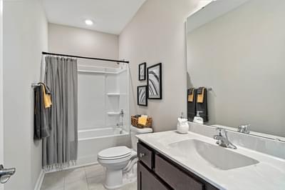 Chesapeake Homes -  The Sweet Escape Full Bathroom