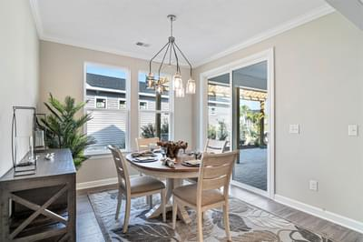 Chesapeake Homes -  The Sweet Escape Dining Room