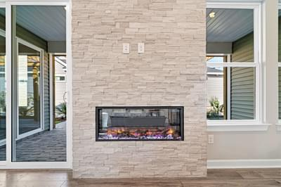 Chesapeake Homes -  The Sweet Escape Fireplace