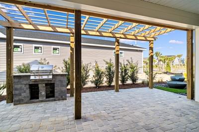 Chesapeake Homes -  The Sweet Escape Courtyard