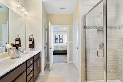 Chesapeake Homes -  The Sweet Escape Owner's Bath