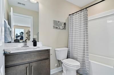Chesapeake Homes -  The Sweet Escape Uphall Bath