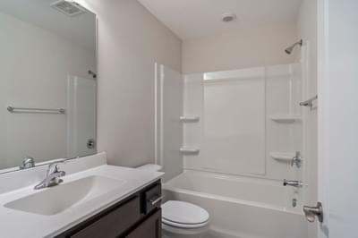 Chesapeake Homes -  The Palmetto Uphall Bath