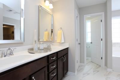 Chesapeake Homes -  The Waverunner Owner's Bath