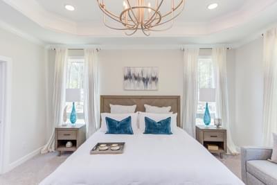 Chesapeake Homes -  Shadow Creek Owner's Suite